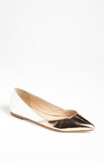 Zapatos versatiles, comodos con un toque unico!