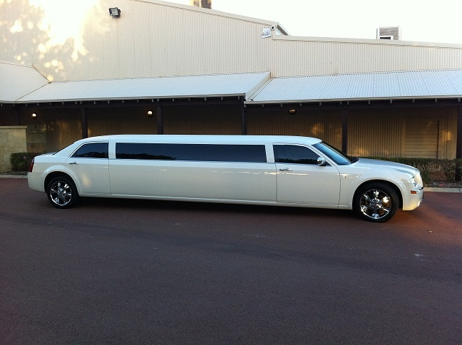 Perth Quality Limousines white chrysler limo hire perth