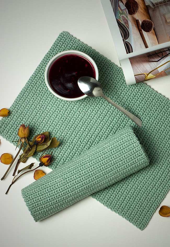 Jogo americano de crochê verde-água