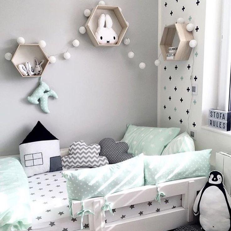 • minty fresh • • by @kajastef • #kidsroom#kinderzimmer#kinderkamer#barnerom#barnrum#barnrumsinredning#barnrumsinspo#kiiidsinspiration#jungzimmer#børneværelse#babyzimmer#nusery#kids#kidsingram#childsroom#inspiration#nordic#style#inspration123#interior4all#color#blog#design#inspo#monochrome#love#blog#blogger#nordickidsliving