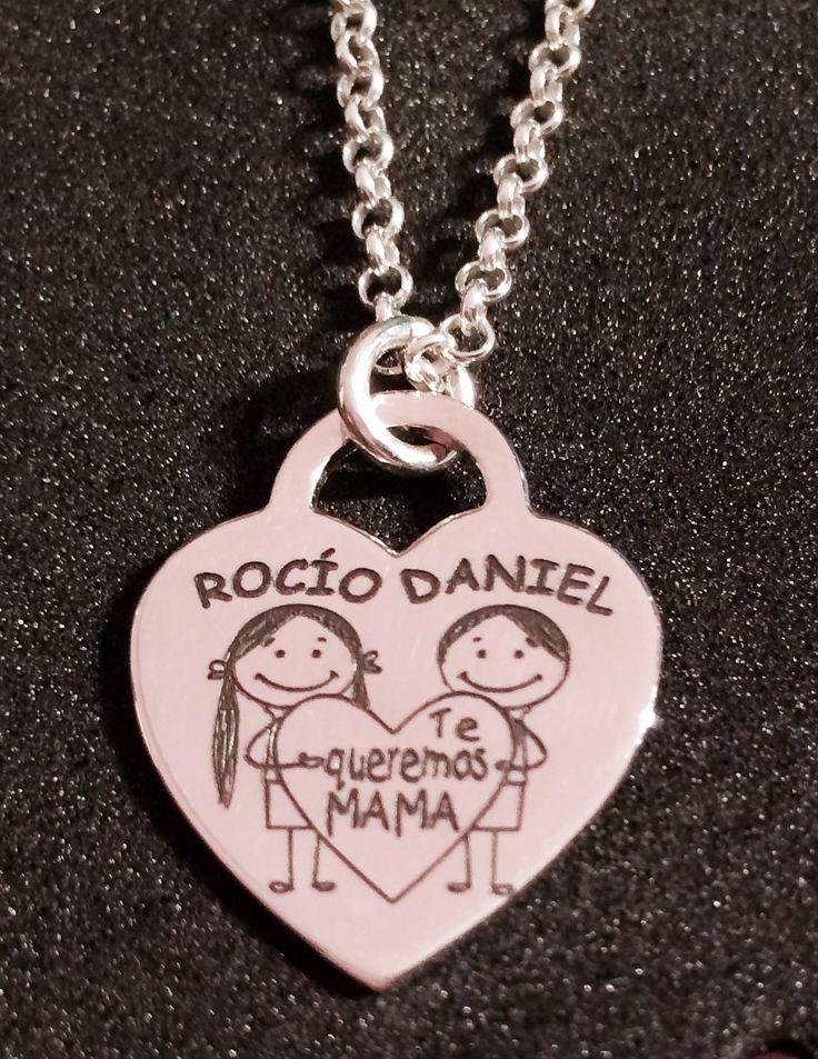 Joya colgante Corazón AUDREY, con cadena todo en plata de ley, grabado personalizado con  diseño especial, regalo de mujer  para el día de la madre.  Niños con el nombre