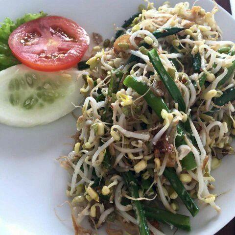 Balinese Chicken Salad Thermomix Recipe