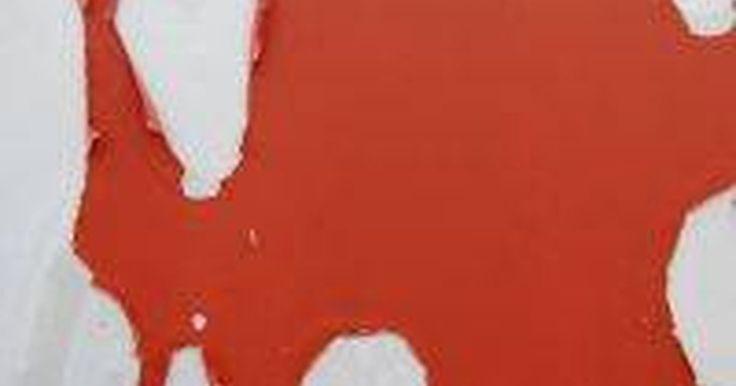 Como remover tinta acrílica de paredes. Remover tinta acrílica das paredes de uma casa poderá ser uma tarefa tão simples quanto enxugar um respingo ou um derramamento ou tão complicada quanto o esforço necessário para remover a tinta de uma casa inteira. O método utilizado dependerá muito de qual você prefere, quanto tempo você tem disponível, o que pretende colocar na parede em seguida ...