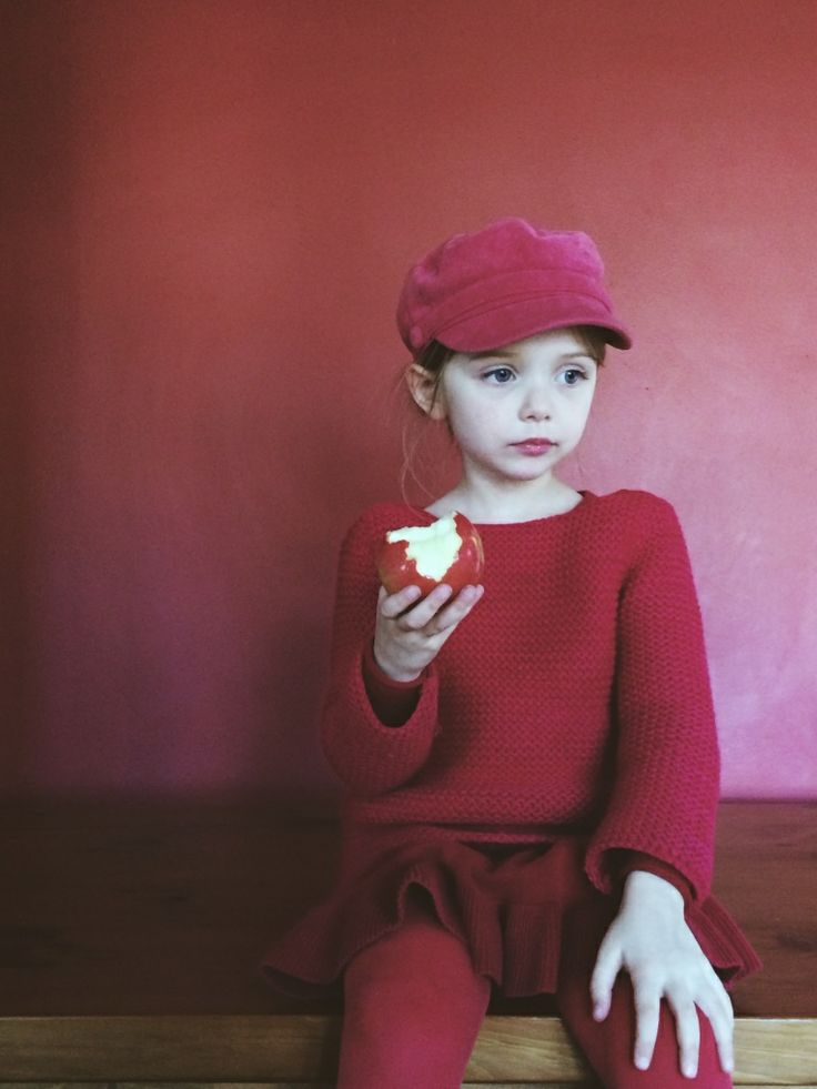 Elle having a red day