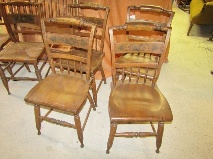 Hitchcock Furniture Including 6 Chairs 4 Wooden Dining Room And 2 Rush Seat