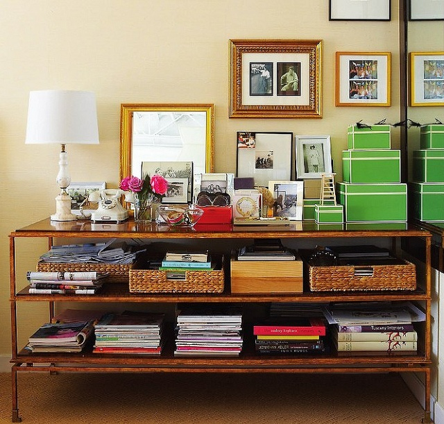 Canadian House & Home: Decor, Vignettes, Storage Solutions, Houses, Offices, Consoles Tables, Hall Tables, Books Storage, Art Wall