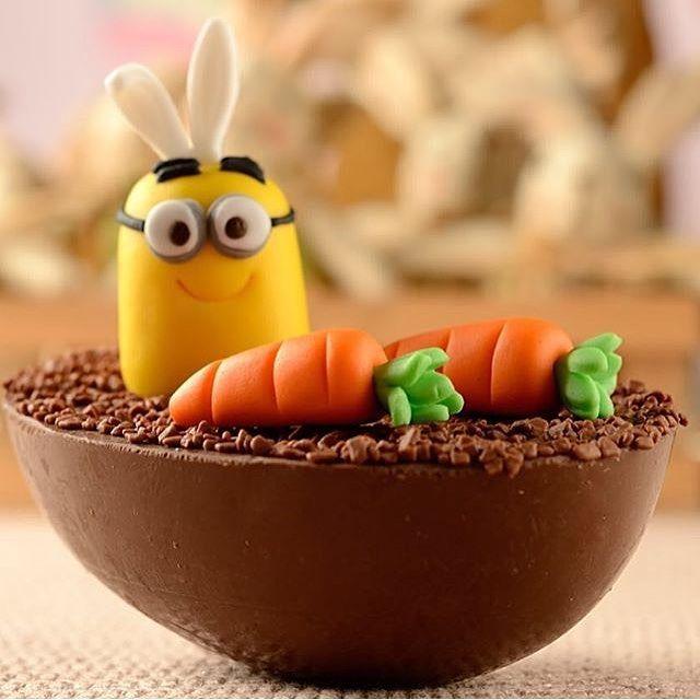 Adorei esse ovo Minions by @madamegateau, delicioso e super fofo!!  #kikidsparty