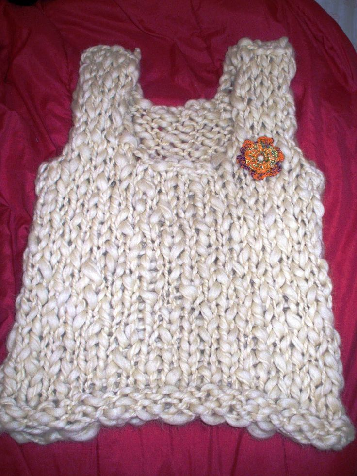Chalecos tejidos en crochet y dos agujas realizados con - Tejado a dos aguas ...