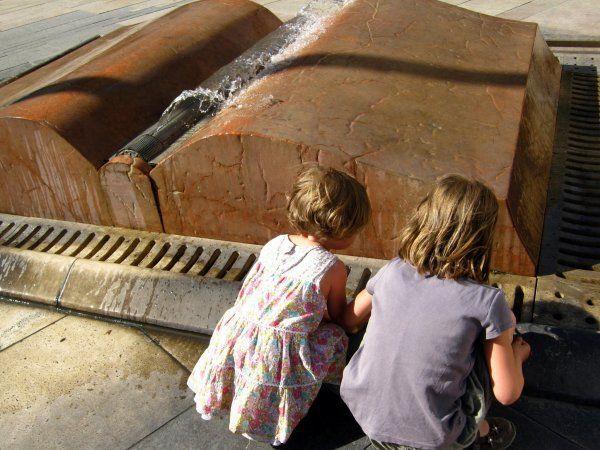 A forgószék, az óriáskönyv és Karcsi nyúl esete – Gyerekkel Budapesten #6 | Időtetrisz