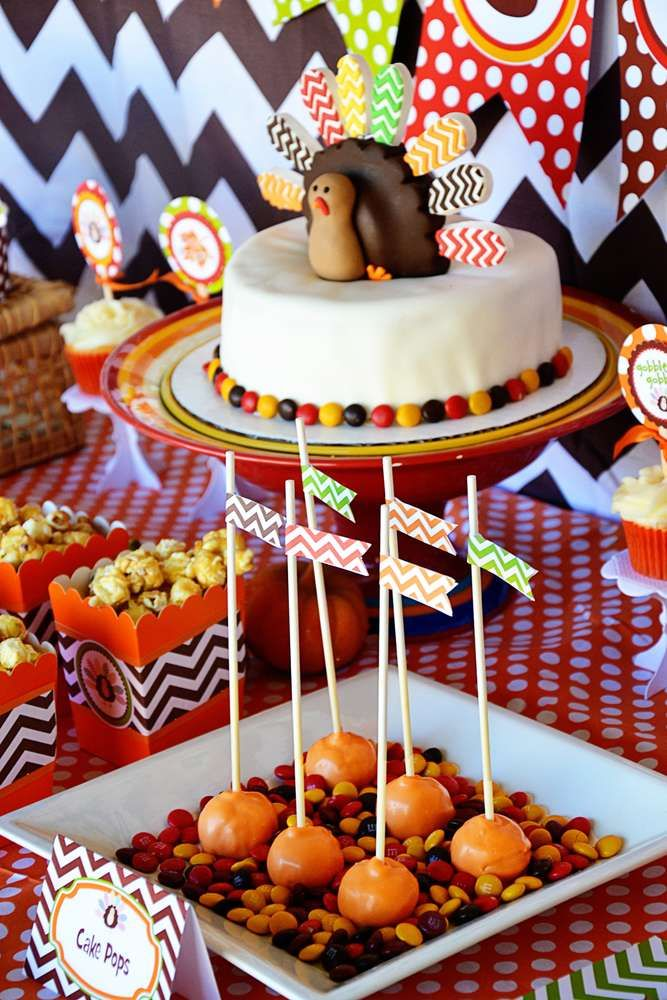 Cute Turkey Cake At A Thanksgiving Party See More Planning Ideas CatchMyParty