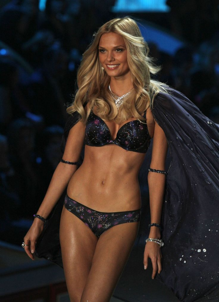 Victoria's Secret and Intimissimi model #Katsia ... - photo #41