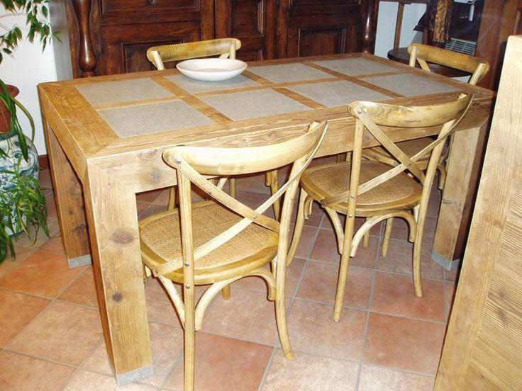 Tavolo e sedie in legno abete antico prima patina e pietra