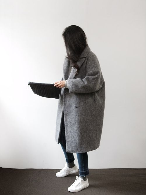 Oversized Grey Coat, Skinny Jeans, Flat Converse White Trainers