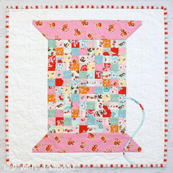 Vintage Cotton Reel Mini Quilt Pattern featuring Elea Lutz's Milk, Sugar & Flower fabric collection. #ilovepennyrose #pennyrosefabrics
