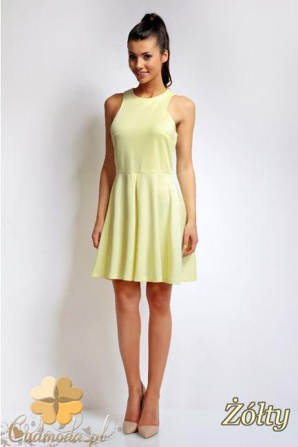 Rozkloszowana sukienka na ramiączkach marki Karen Styl.  #cudmoda #moda #ubrania #odzież #clothes