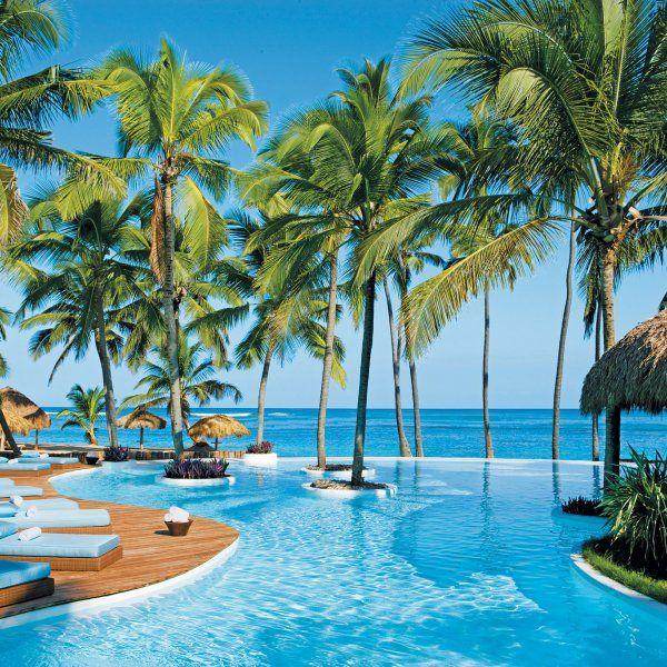Yo estoy viajando a las Bahamas.
