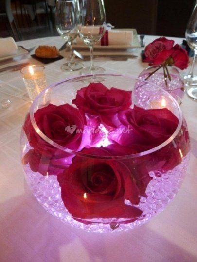 centre de table roses et bulle