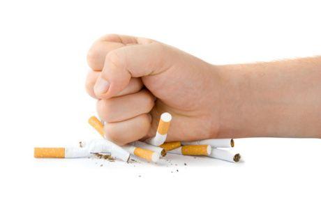 Sayang Anak! Setop Merokok Agar si Kecil Tak Kena Pneumonia