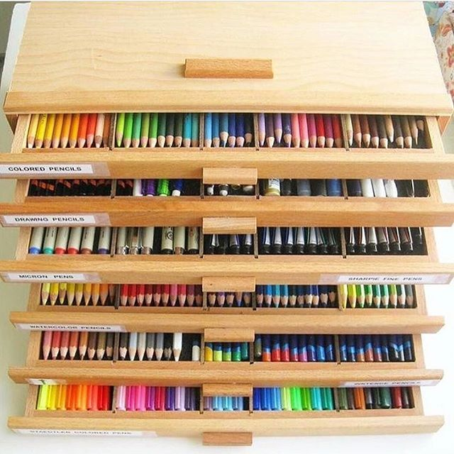 Artist Heaven!✨ Tag a Friend *****LINK IN MY BIO***** - Get your hands on your ideal art supplies by visiting the link in my bio. - Paintingforever.com have the perfect supplies you need. Check them out  @paintingforeverproducts