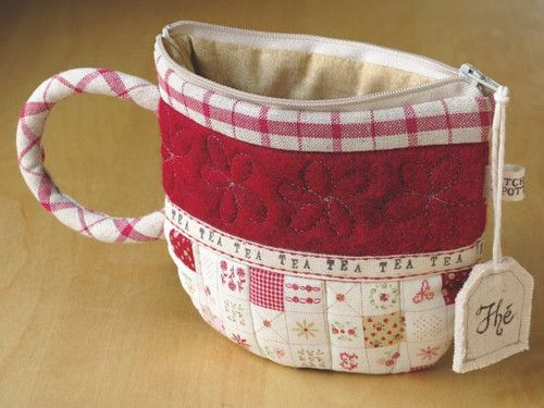 CUTE stitched teacup zippered pouch