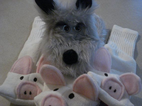 Big Bad Wolf hand puppet and 3 Little Pigs sock by puppetsbymargie