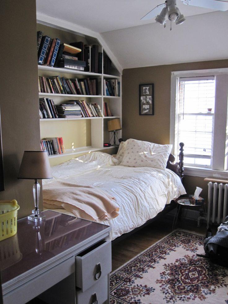 I love those bookshelves bedroom storage desk