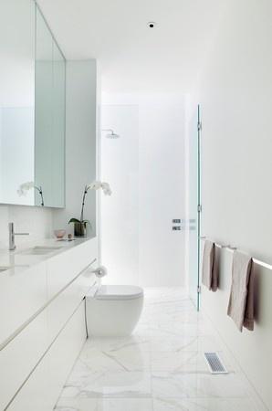 Narrow bathroom, white bright modern
