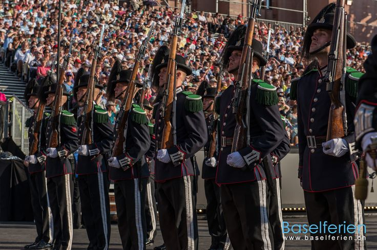 #Basel Tattoo 2013 - His Majesty The King's Guard Band & Drill Team, #Norwegen