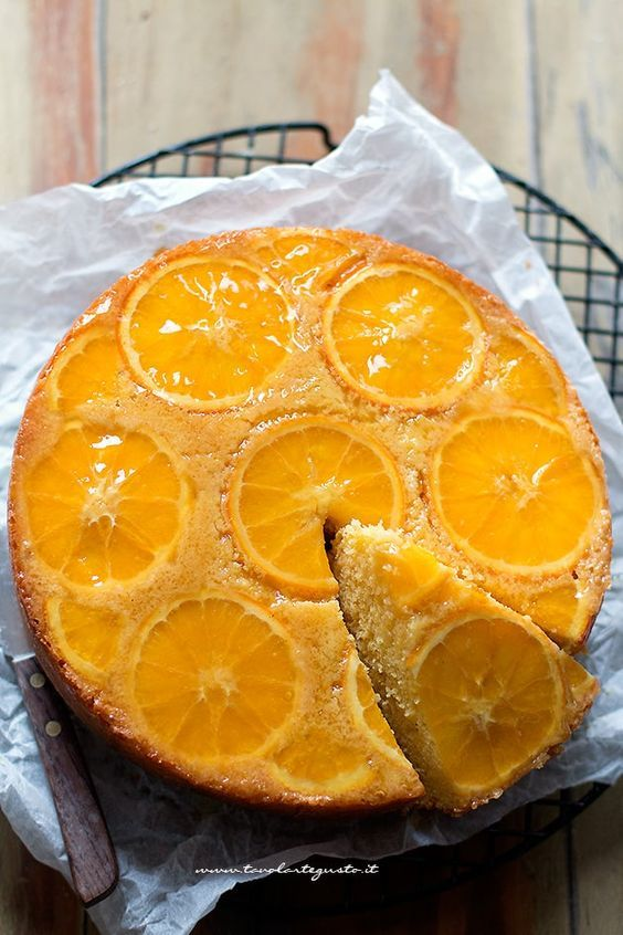 Torta rovesciata all'arancia (Soffice e facilissima) - citrus cake - upside-dowon citrus cake