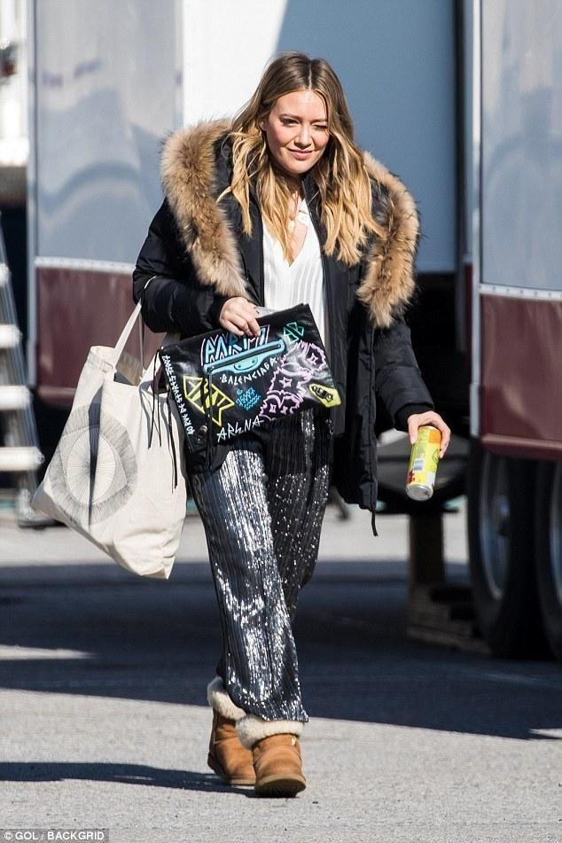 Hilary Duff wearing Balenciaga Graffiti Bag