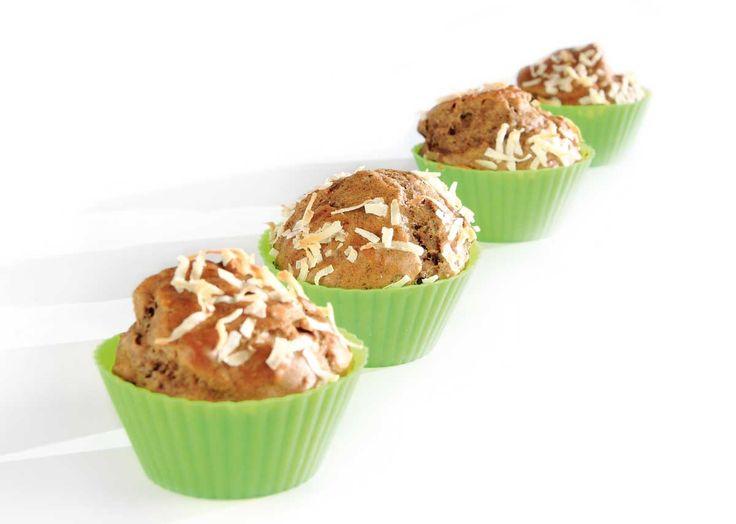 Nøttemuffins med kokosflak, jyttemel, fiberhusk og Cocosa Extra Virgin kokosolje. Full oppskrift: http://www.soma.no/oppskrifter/bakverk/nottemuffins