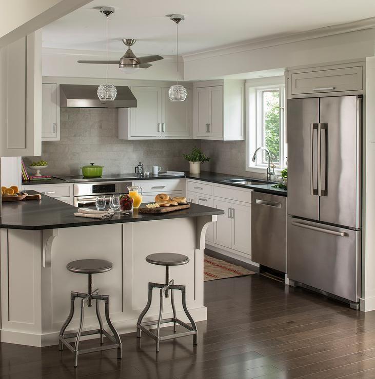 Light Quartz Kitchen Countertops: Best 25+ Black Quartz Countertops Ideas On Pinterest