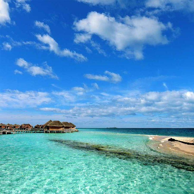 Τα διάφανα νερά των Μαλδιβών, εδώ στο Huvafenfushi