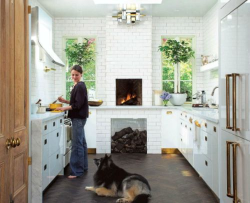 white-tiledCabinets, Subwaytile, Floors, Brass Hardware, Design Kitchen, House, Subway Tiles, Kitchens Fireplaces, White Kitchens