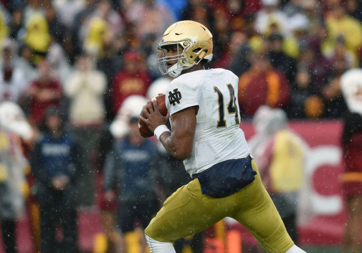 Notre Dame's DeShone Kizer declares for 2017 NFL Draft = On Monday morning, Notre Dame quarterback DeShone Kizer made it official. While confirming what had been expected since the start of the college football season, Kizer has made the decision to.....