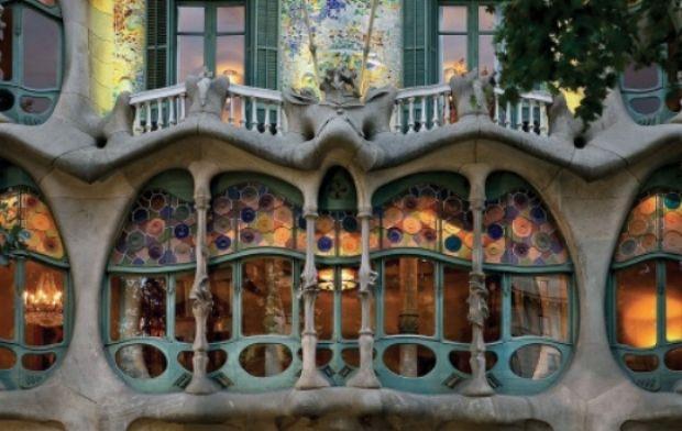 Love Casa Batlló, εκπληκτικό βιντεάκι για ένα κτίριο-αριστούργημα