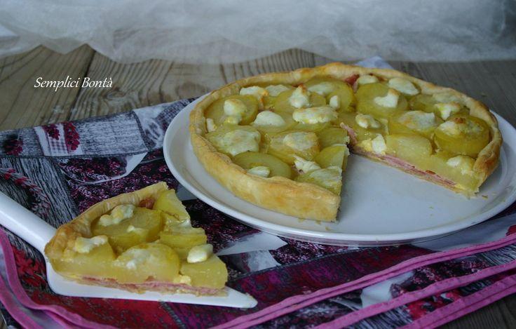 La torta salata con prosciutto , patate e mozzarelle è molto gustosa , semplice da preparare . Con questa ricetta farete un figurone :