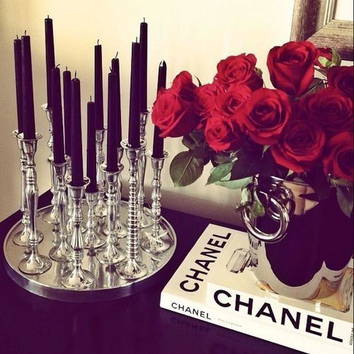 chanel. hollywood glamour without gold.