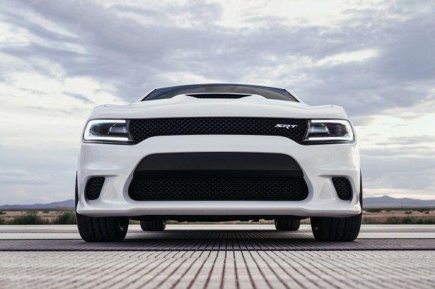 2015 Dodge Charger SRT Hellcat Is World's Most Powerful Sedan