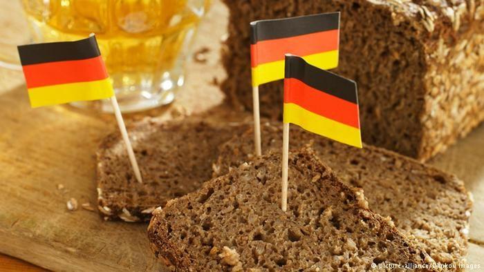 Vollkornbrot (whole grain bread)