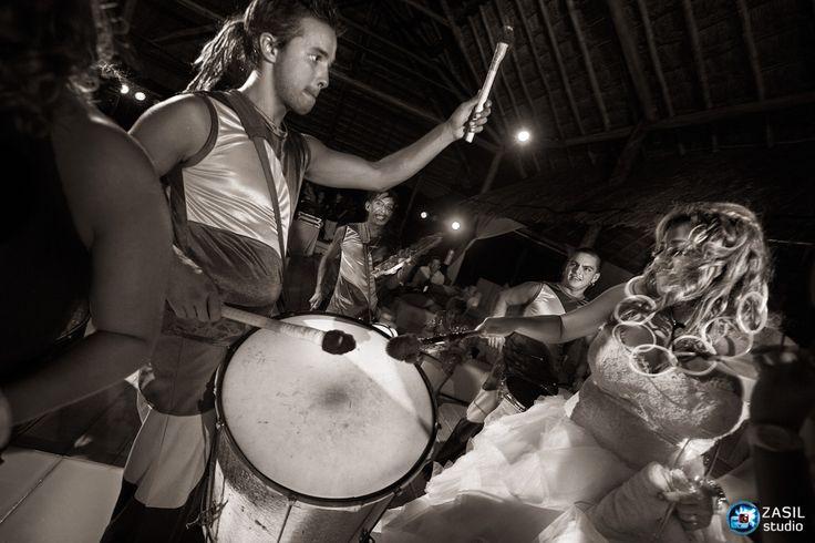 Rosewood Mayakoba, Party at La Palapa with Samba show de 20 Varos