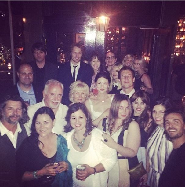 Here's a new/old picture of the Outlander cast & crew at the Outlander NYC screening back in July The amazing cast and crew of #outlander with some other notables! at our post screening party#h...