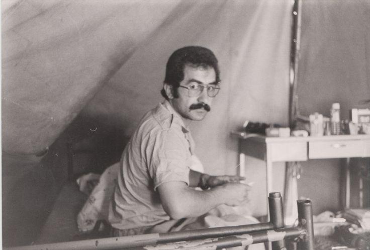 kurdish people kurdistan                        Yekta Uzunoğlu v polní nemocnici jako dobrovolník Lékařů bez hranic v  Islámské republice Irán v roce 1980