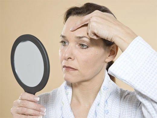 Anti-age – значит, «против старения»  Космецевтика – это вполне оправданный выбор аудитории 40+, когда уже становятся более заметными возрастные изменения. Эти средства, которые принято называть anti-age, помогают решить такие нарастающие с годами проблемы, как отеки вокруг глаз, снижение тургора и эластичности кожи, морщины, связанные с замедлением клеточного деления и разрушением структурных молекул коллагена и эластина, с замедлением обменных процессов в коже... http://msk.vs-lifting.com/