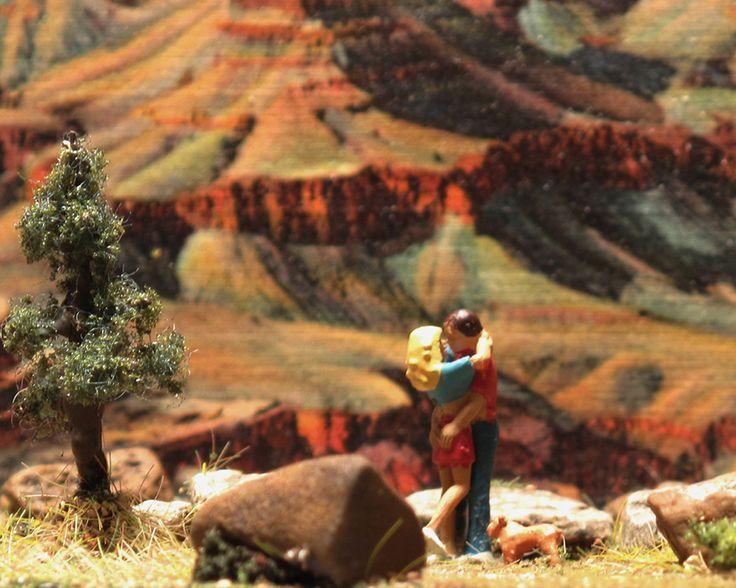 tiny Grand Canyon kiss