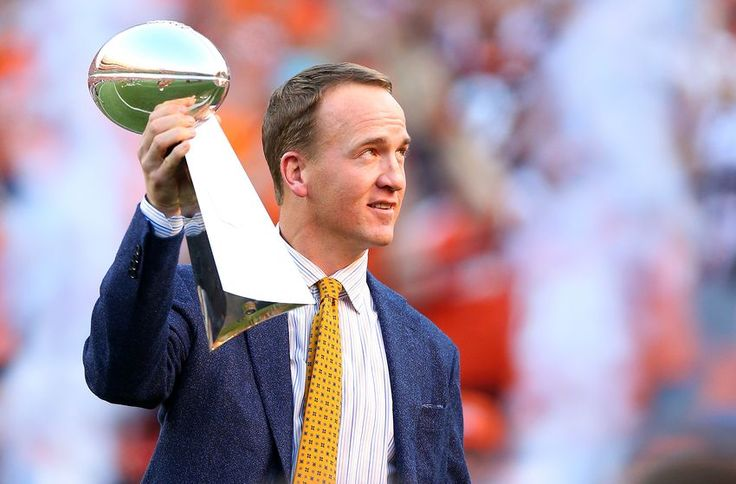 NFL roundup: Peyton Manning could be the new voice of Monday Night Football