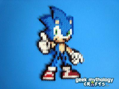 Sonic the Hedgehog - Sonic Advance Perler Bead Sprite Figure
