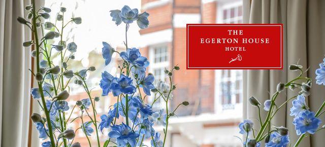 C'est une guesthouse, c'est un hôtel ? C'est The Egerton House Hotel qui allie le meilleur des deux mondes en offrant un hébergement à taille humaine de 29 chambres et suites, cosy et « So British », dans le beau quartier de Knightsbridge, non loin du célèbre Harrods ! Un endroit fabuleux où j'ai eu le bonheur de séjourner lors de mon dernier voyage à Londres pour les besoins de ce reportage.