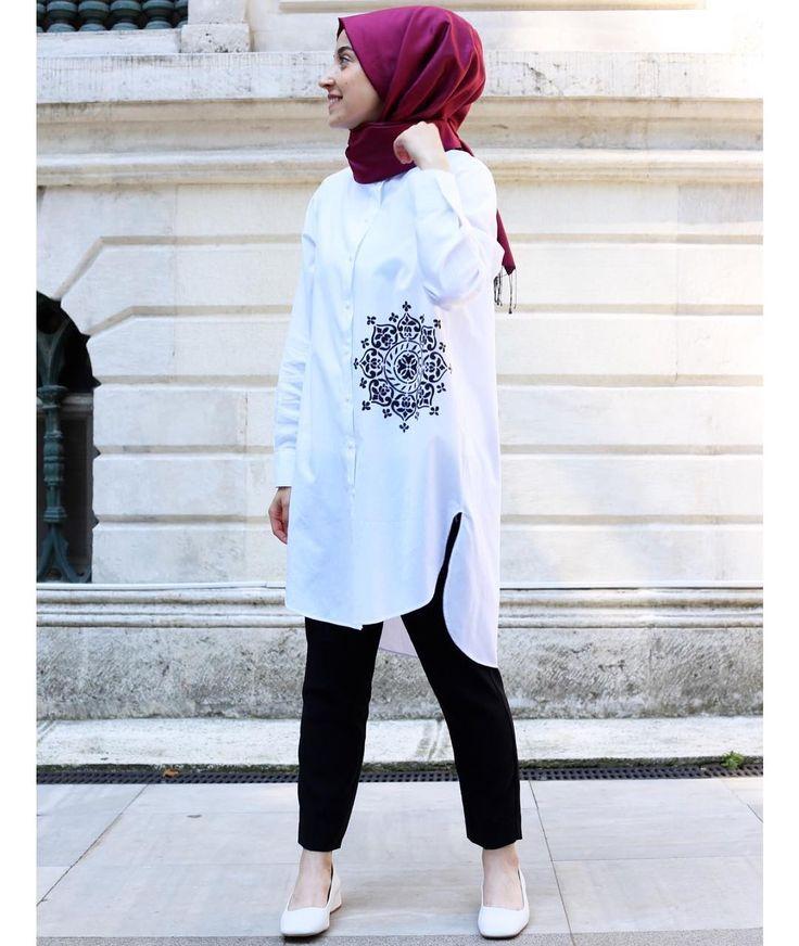 boyadığım gömleği giydim tabiki  ( baskısız olarak sipariş vermek için www.rabiaca.com a bakabilirsiniz )
