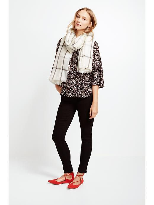 Women's Clothes: Featured Outfits This Month's Best Looks   Old Nav, I have this top